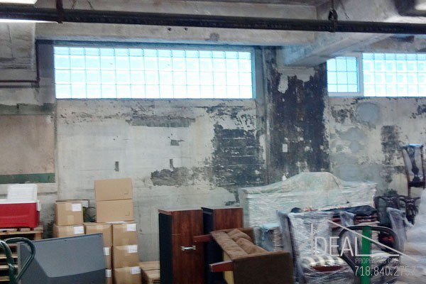 6000 SF Warehouse Space in Williamsburg 0