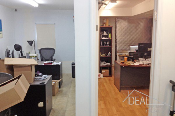 800SF Office Space in East New York 1