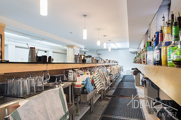 5500SF Space in Bushwick, Perfect for the Restaurant or Bar Lounge of Your Dreams! 4