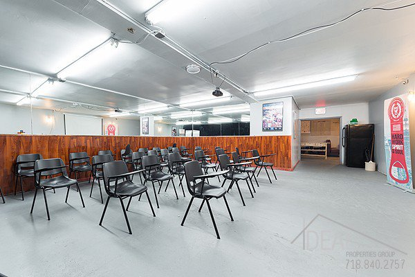 5500SF Space in Bushwick, Perfect for the Restaurant or Bar Lounge of Your Dreams! 6