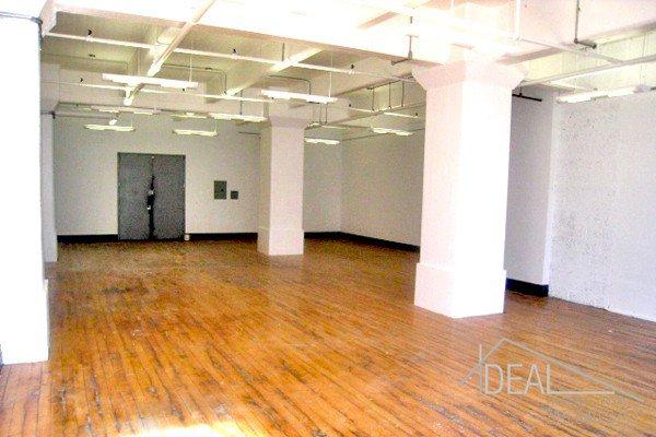 Huge 2291-sf Office Space in DUMBO! 1