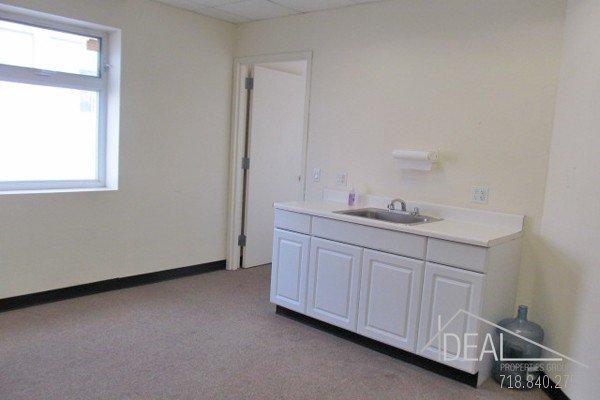 LOW FEE: 2nd Floor Office Space in Bushwick! 4