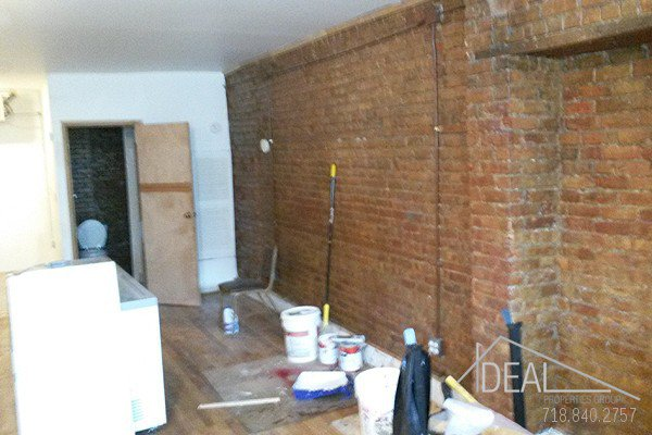 Fantastic Commercial Space in Williamsburg! 0