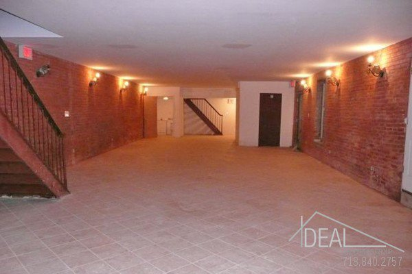 1400SF Commercial Space in Park Slope 0