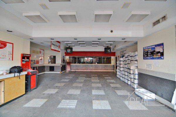 3000SF Prime Retail Space on Flatbush Avenue! 4