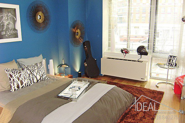 Heart-Stopping 1BR in Cozy Fort Greene! 4