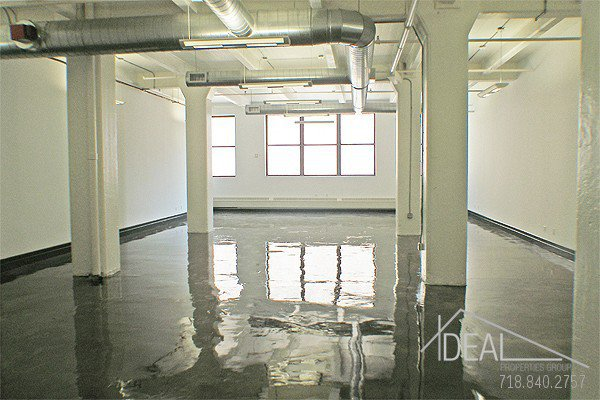 Amazing 2468-sf Office Space in Dumbo! 1