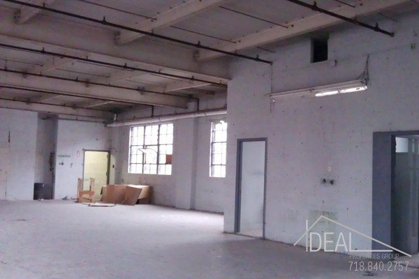 7000SF 2nd Floor Warehouse Space in Sunset Park! 2