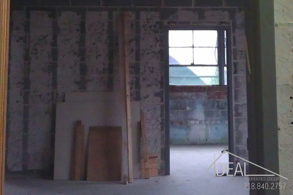 7000SF 2nd Floor Warehouse Space in Sunset Park! 4