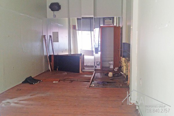 450 SF Retail Space in Crown Heights! 1