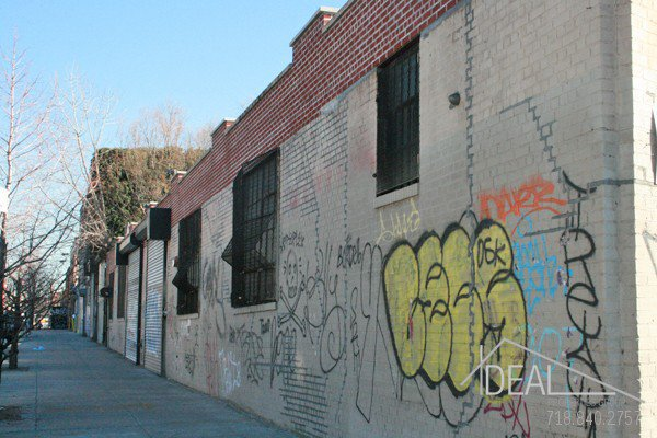 Amazing Commercial Space in the Heart of Bushwick! 2