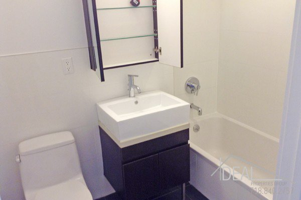 Amazing 2BR in Prospect Lefferts Gardens! 8