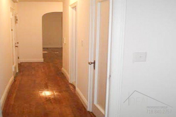 Beautiful 1BR in West Village! 4