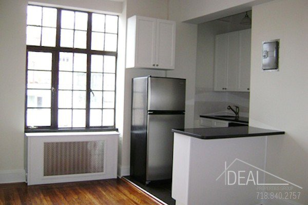 Amazing 1BR in Chelsea! 0