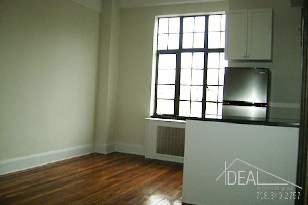 Amazing 1BR in Chelsea! 1