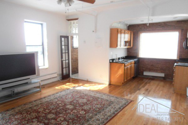 Beautiful office space in Columbia Street Waterfront District! 0