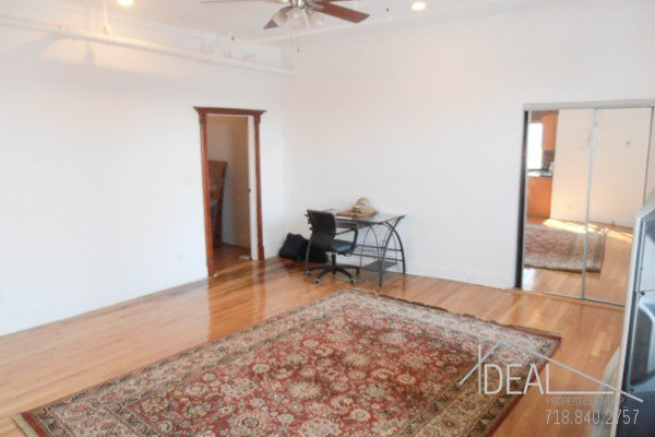 Beautiful office space in Columbia Street Waterfront District! 1