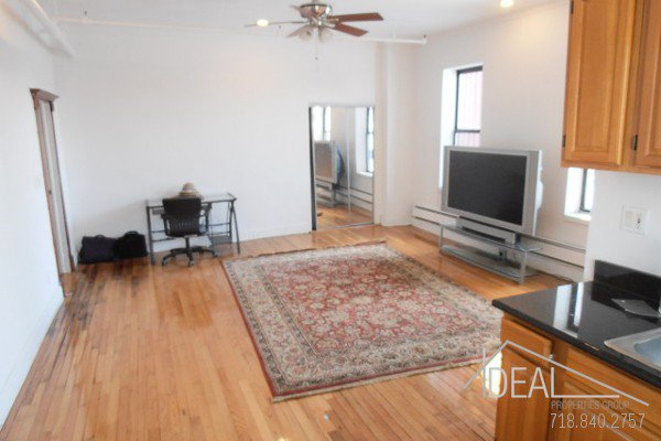 Beautiful office space in Columbia Street Waterfront District! 2