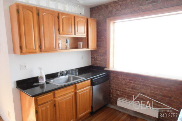 Beautiful office space in Columbia Street Waterfront District! 3