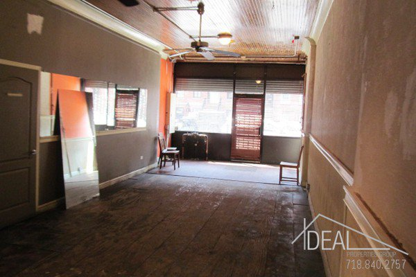 600Sf Storefront in Prospect Heights w/ Backyard! 1
