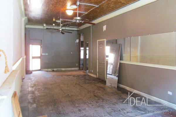 600Sf Storefront in Prospect Heights w/ Backyard! 2