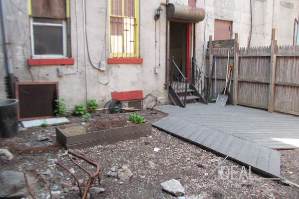 600Sf Storefront in Prospect Heights w/ Backyard! 6