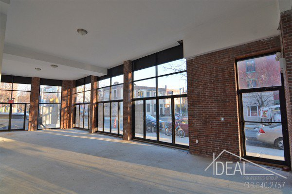 New Construction, 2700 Sf Storefront in Greenpoint 1