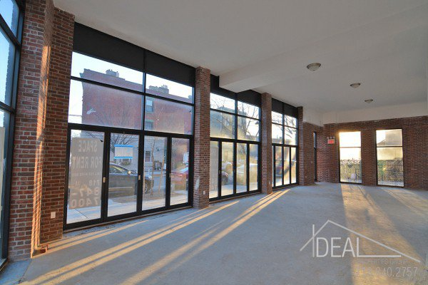 New Construction, 2700 Sf Storefront in Greenpoint 2