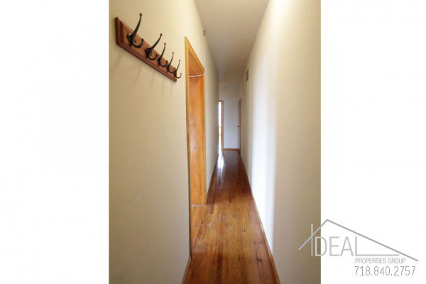 LOW FEE! Perfect South Slope 3 bedroom off 5th Ave! 1