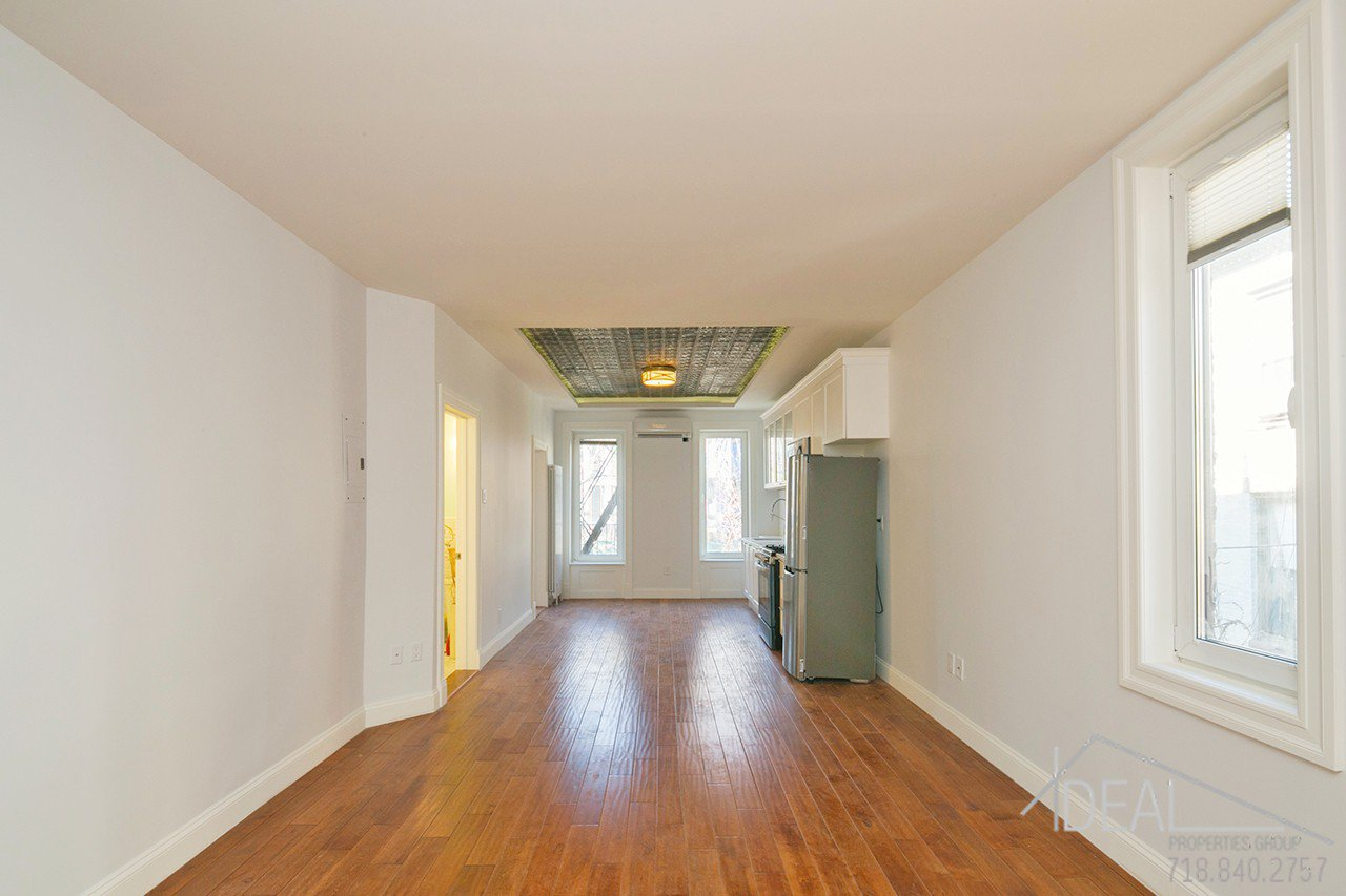 brooklyn ny 11238 gut renovated 1 5 bedroom 1 bathroom apartment