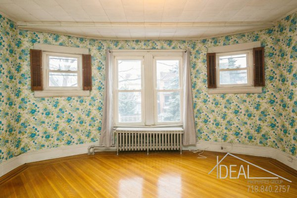 In Contract:  345 East 32nd Street Brooklyn, NY 11226 - Single Family Flatbush Home for Sale 6