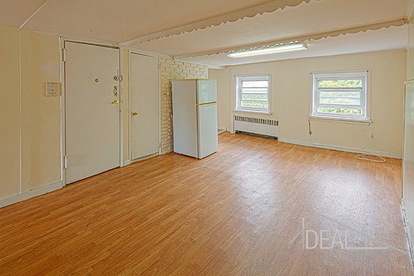 NO FEE! Terrific 2 Bedroom Apartment for Rent in Park Slope! Pets Welcome! 0