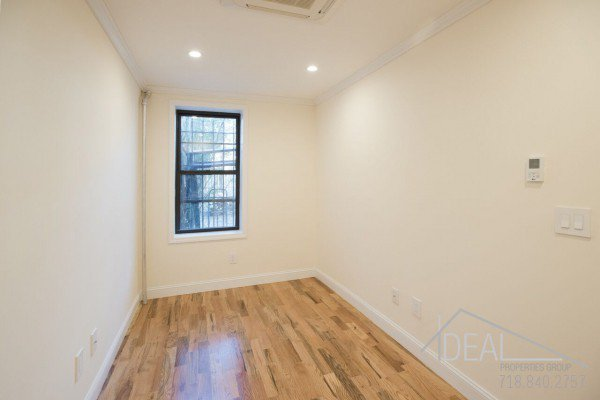 Great 1 Bedroom Apartment for Rent in Prime Park Slope! 1