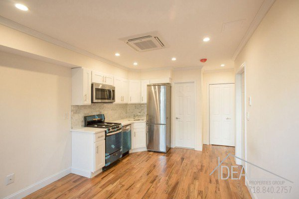 Great 1 Bedroom Apartment for Rent in Prime Park Slope! 2