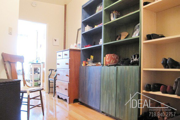 Fantastic 1 BR in a great Park Slope location! 2