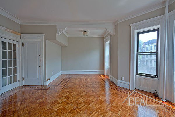 381 Sterling Place #2 Brooklyn NY 11238--AMAZING 1.5BR in PRIME Prospect Heights Brownstone! 4
