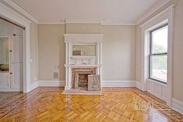 381 Sterling Place #2 Brooklyn NY 11238--AMAZING 1.5BR in PRIME Prospect Heights Brownstone! 7