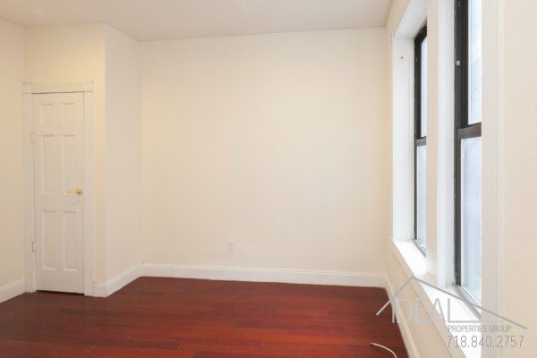 Amazing 2BR Near Barclays Center in Park Slope! 2