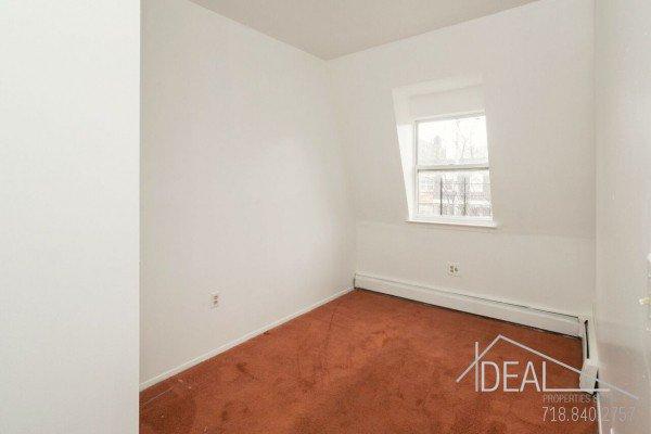 3 Bedroom 1.5 Bathroom Apartment for Rent in Bushwick! 4
