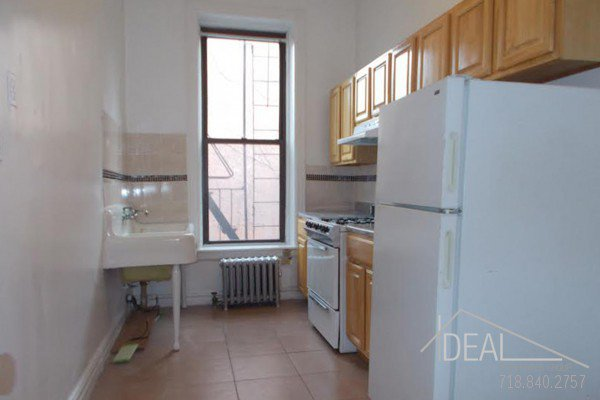 Great 1 Bedroom Apartment for Rent in Park Slope! 9