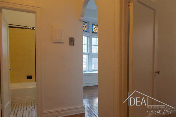 Great 1 Bedroom Apartment for Rent in Park Slope! 8
