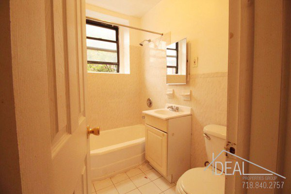 Just Renovated 2 Bedroom Apartment for Rent in Park Slope 7