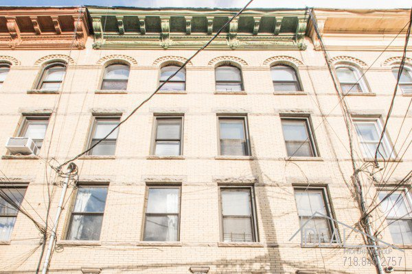 572 Morgan Ave, Brooklyn, NY 11222 - 8 Unit Residential Building in Greeenpoint 1