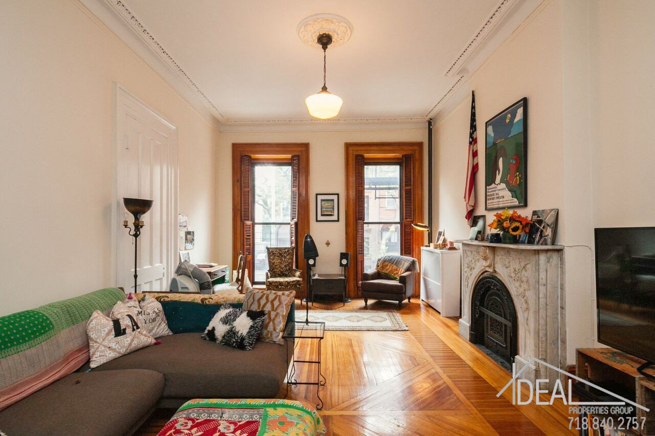 Exquisite 4-Family Townhouse for Sale in Carroll Gardens! 6