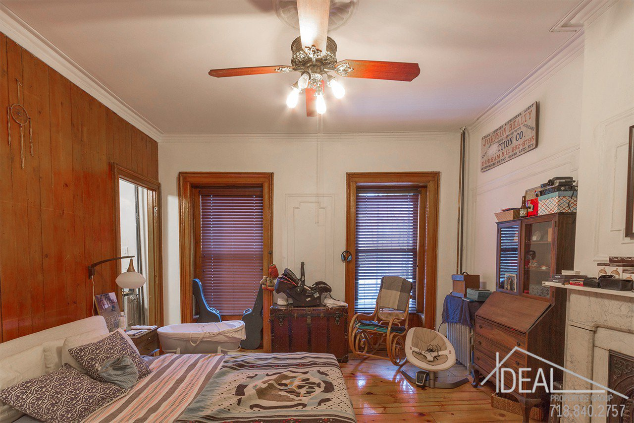 Exquisite 4-Family Townhouse for Sale in Carroll Gardens! 3