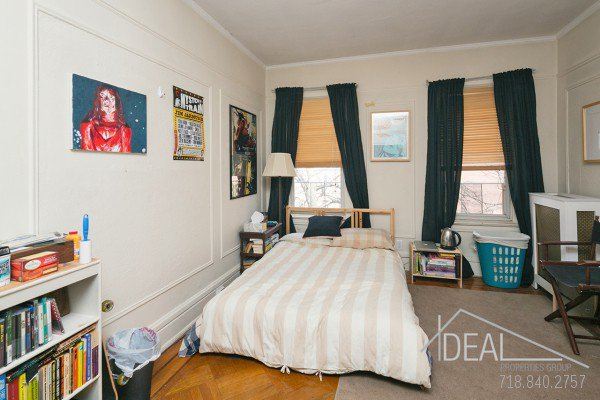 594 16th St Apt #3, Brooklyn, NY 11218 - 3.5 Bedroom 1 Bathroom Apartment for Rent in Windsor Terrace, Brooklyn Townhouse! 4