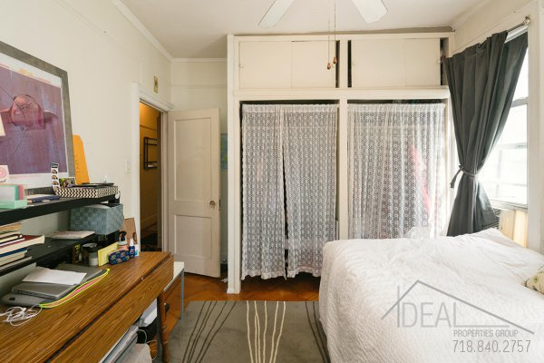 594 16th St Apt #3, Brooklyn, NY 11218 - 3.5 Bedroom 1 Bathroom Apartment for Rent in Windsor Terrace, Brooklyn Townhouse! 5