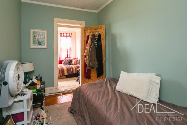 594 16th St Apt #3, Brooklyn, NY 11218 - 3.5 Bedroom 1 Bathroom Apartment for Rent in Windsor Terrace, Brooklyn Townhouse! 8