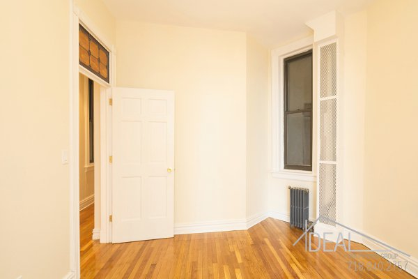 Immaculate 3.5 Bedroom in Prospect Heights 4