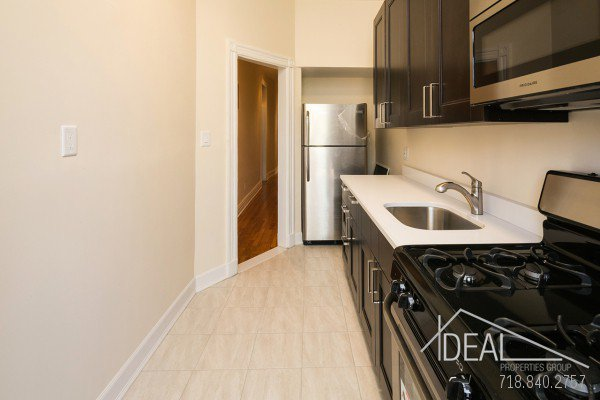 Immaculate 3.5 Bedroom in Prospect Heights 8